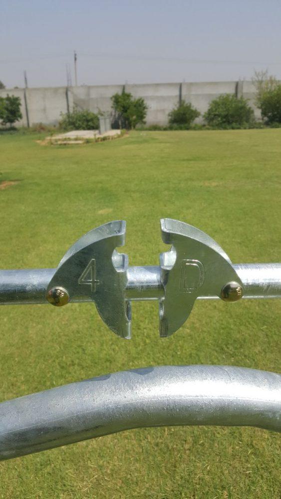 4-D Ag Waived headlocks